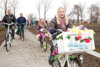 Opening fietspad Den Horn