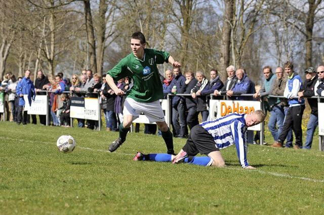 zuidhorn voetbal kampioen 1