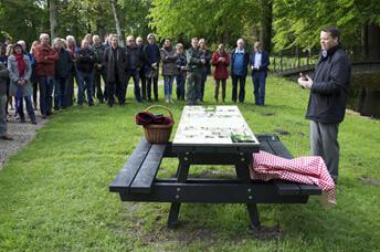 Oentsjerk - picknickbank