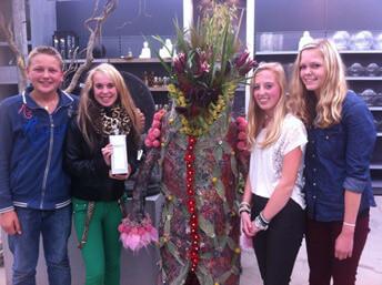 BUITENPOST - kampioen bloemschikken
