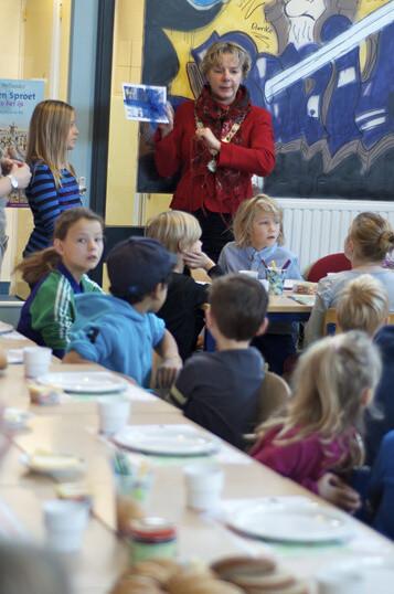 DOKKUM - schoolontbijt