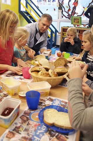 Lutjegast - nationaal schoolontbijt