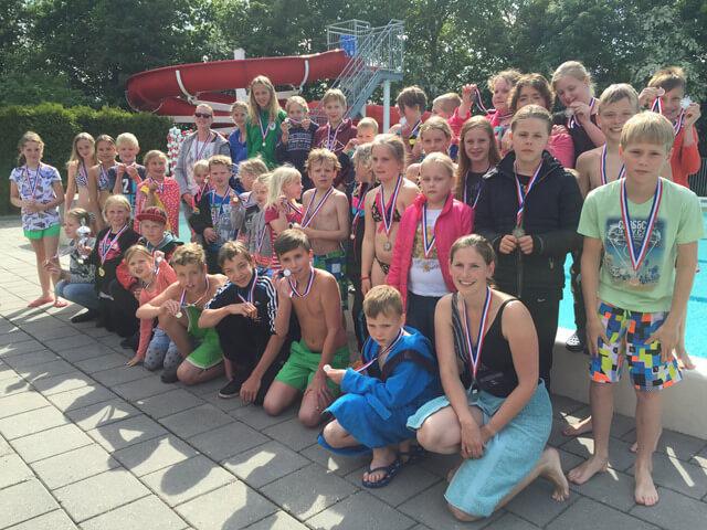 Grootegast - schoolzwemwedstrijden