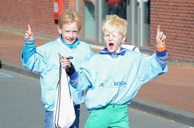Zuidhorn - avondvierdaagse 2015 (1)