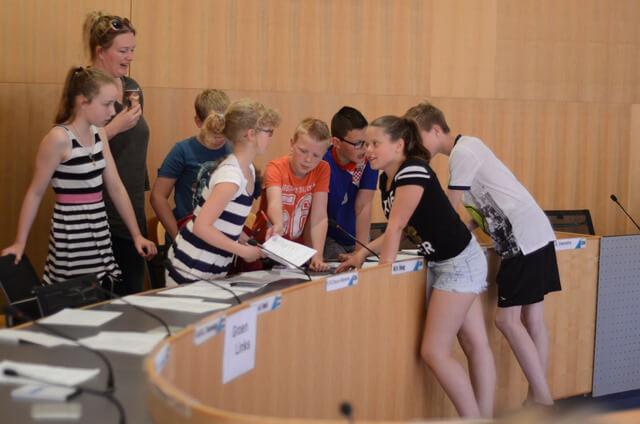 Zuidhorn - jeugdgemeenteraadsvergadering (1)
