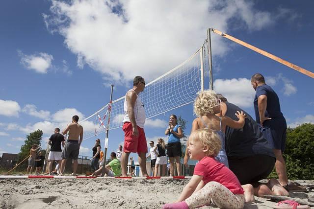 9 aug ulrum Beachvolleybal tijdens feestweek 01