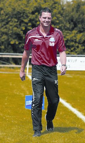 VV Buitenpost verlengt contract hoofdtrainer René van der Weij