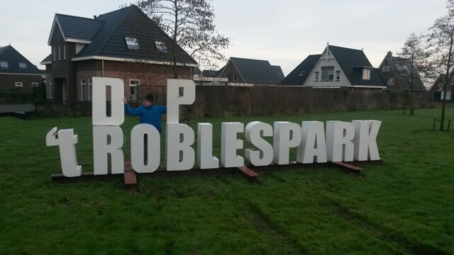 Letters 't Roblespark