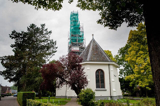 Zuidhorn Kerk in steigers