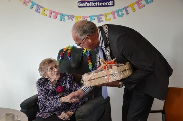Surhuisterveen 100 jarige-2