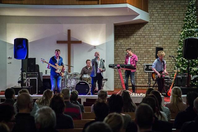 GROOTEGAST-Top 2000 kerkdienst in de kerk-03