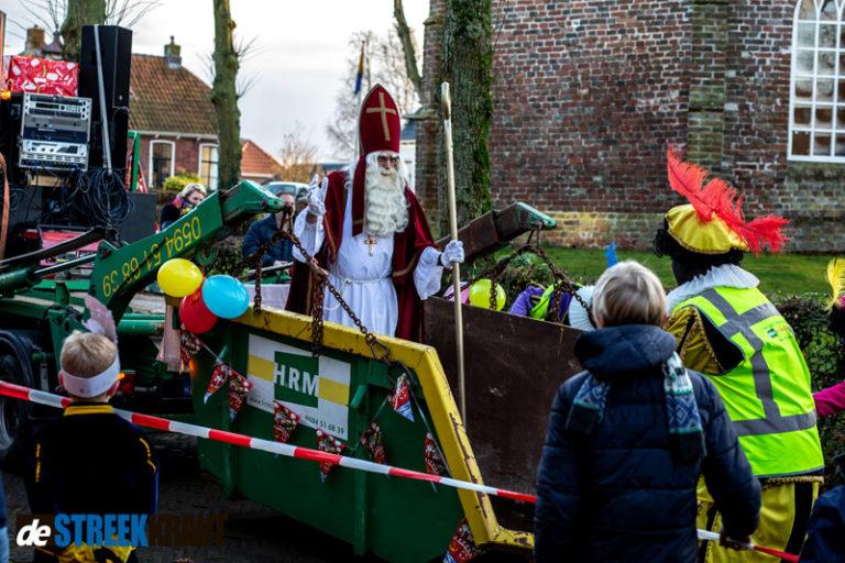 Sinterklaas bezoekt het mooiste dorp van Nederland